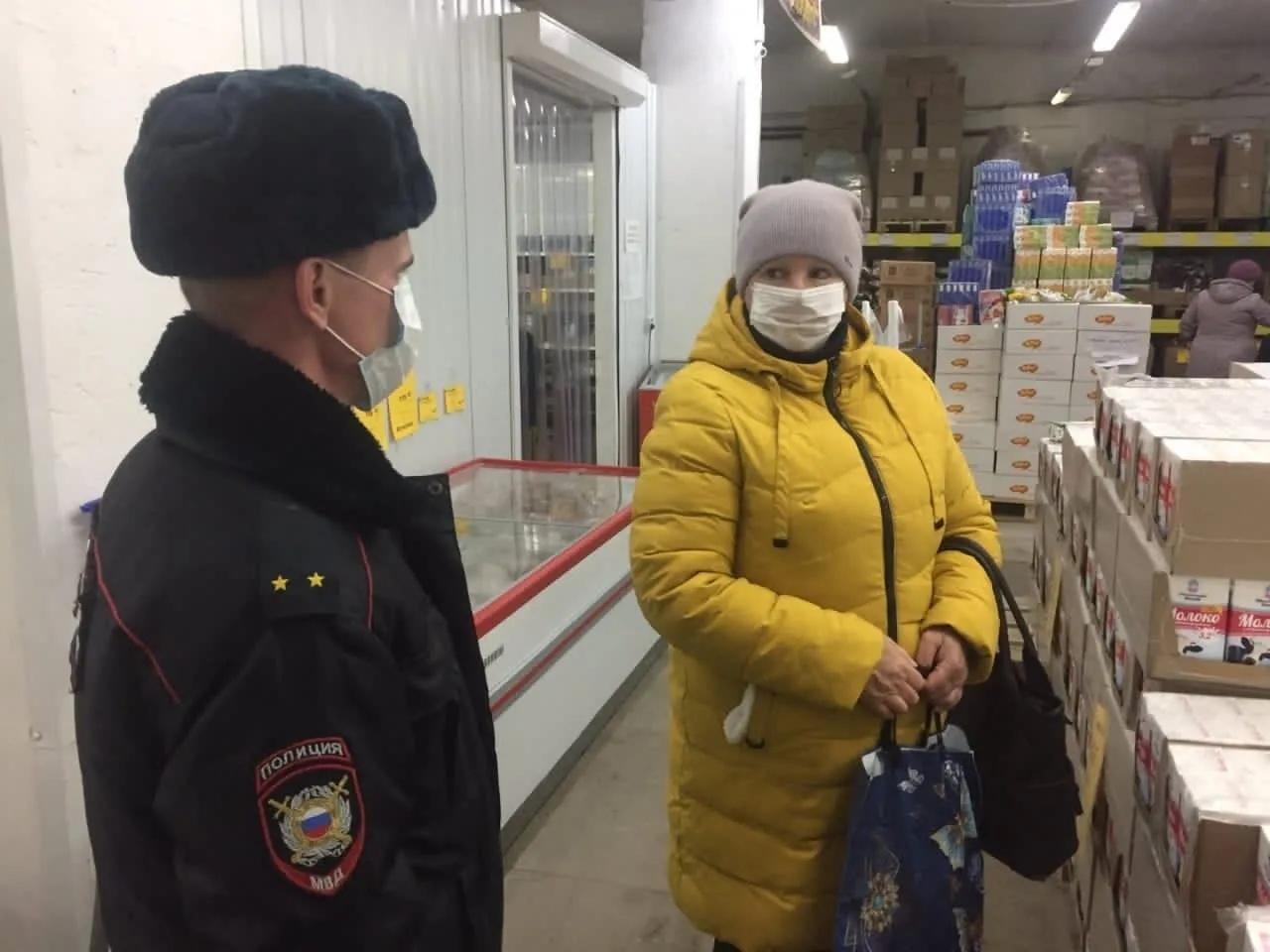 17 ноября сотрудники правоохранительных органов провели очередной рейд и проверили, как петровчане соблюдают противоэпидемические требования