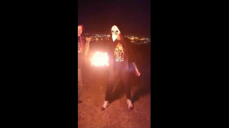 Бекстейдж фотосессии с огнём Последователя ЧД