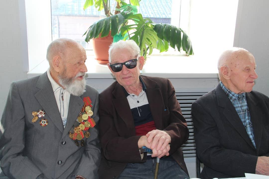 Петровчан - участников Великой Отечественной войны и тружеников тыла поздравили с наступающим праздником