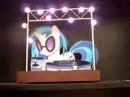 Animatronic DJ P0n-3 / Vinyl Scratch: Now with stage lighting!