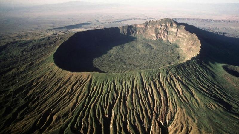 В Австралии обнаружен огромный кратер Земли появившийся после падения астероида