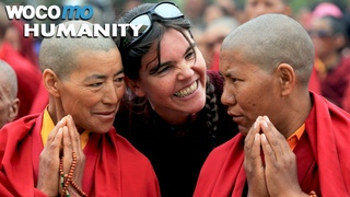 Buddhist nuns travel for the first time - A touching journey through India