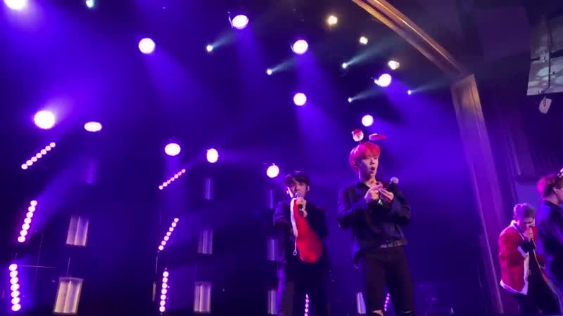 FANCAM 181219 A C E All I Want For Christmas Christmas Medley @ UC AREA US in Seattle Concert