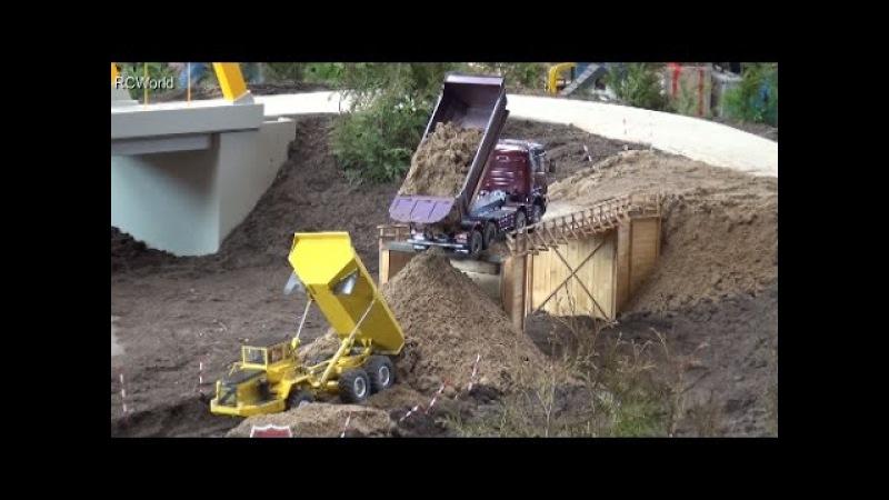 RC Construction Site Bridge Building Dozer Baustelle LKW ♦ Treffpunkt Modellbau Paaren Glien 2016
