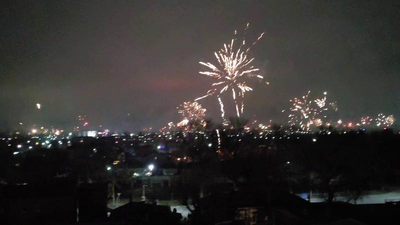 Новогодний салют в Таганроге 2020 New Years fireworks in Taganrog 2020