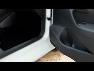 Комплексная химчистка авто с разбором.