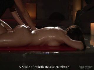 Профессиональный Эротический массаж интимных зон тела женщинам мужчинам Телесная терапия Санкт-Петербург Москва