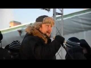 Р. Зенцов на митинге. Питер 4 февраля 2012.