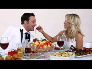 """Young & Hungry """"Food Fight"""" 