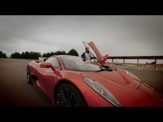 F1 meets 007 | Felipe Massa's Bond villain audition in the Jaguar C-X75 from SPECTRE in Mexico City