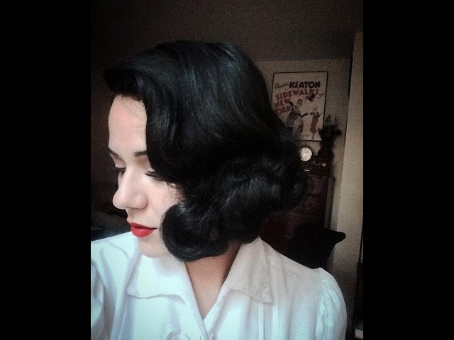 Vintage Waves from the Golden Age 1930s Short Hair Wet-Set