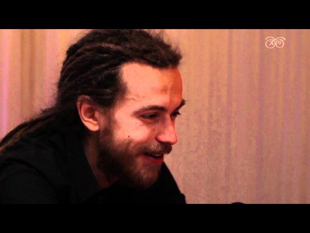 71 летняя поклонница Децла и его интервью (Декабрь 2011)