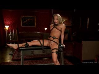 Lea Lexis And Carter Cruise (BDSM / БДСМ / Порно)