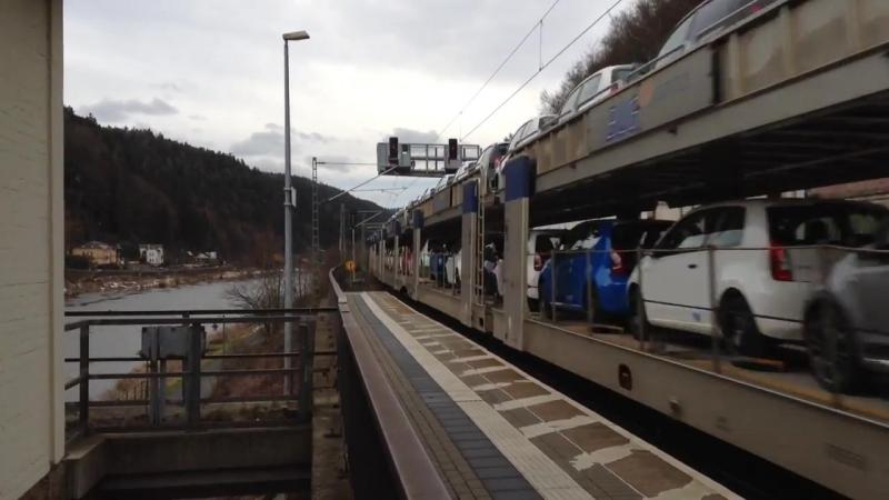 Eisenbahnverkehr auf der Elbtalbahn (Zeleznicni doprava na Labi Valley zeleznice)