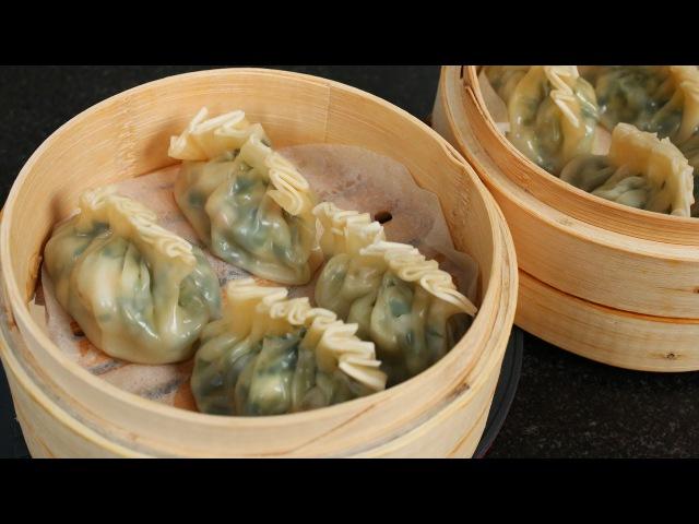 Shrimp Asian chive dumplings (Saeu buchu mandu 새우 부추 만두)