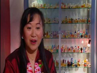 Miniature Perfumes - Marie Ang on ABC TV Collectors -  April 2010