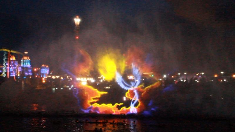 Лазерное шоу в Сочи парке Возрождение Феникса