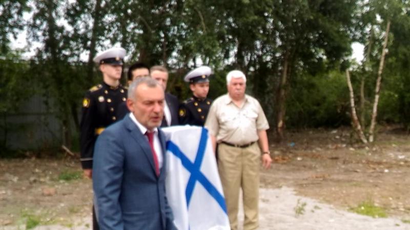 Обелиск адмирала Головнина В М митрофаньевское кладбище