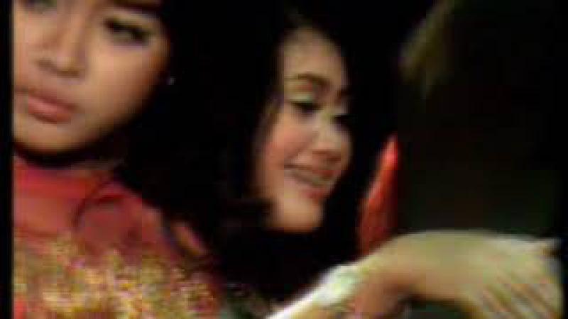 Putri Miss Shofy Barby feat Miss Euis Angel SURYA NADA