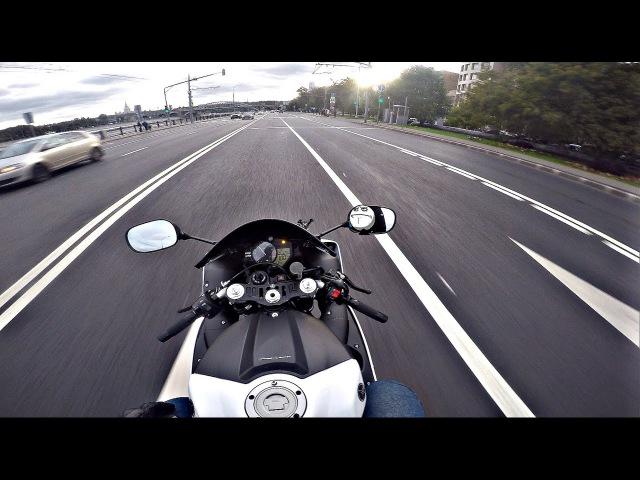 Неадекватная езда по городу на мото без монтажа 4K Inadequate riding on moto