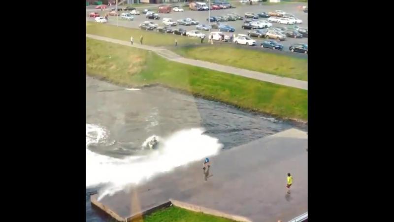 Водные развлечения на Матисовом канале