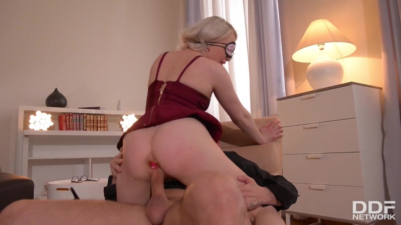 Lola Taylor ( Gagged: Psychologist Awakens Porn Fetish Through Hypnosis) 2017, Gonzo, Anal, HD