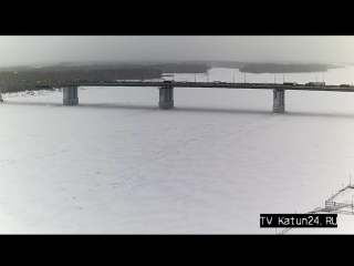 Веб-камеры К24: Затруднённое движение на Новом мосту в Барнауле