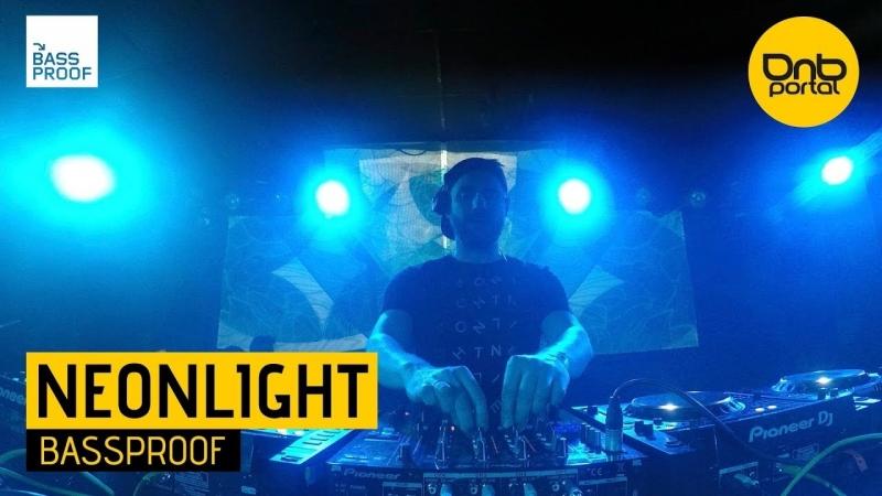 Neonlight Bassproof 31 12 2017 Live Faval Music Circus