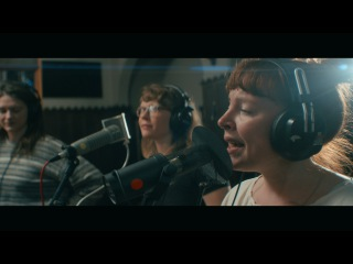 Sylvan Esso: Die Young   Echo Mountain Sessions