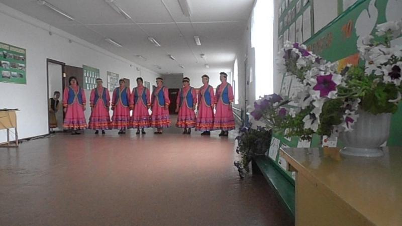 Вокальный коллектив Ак кайындар