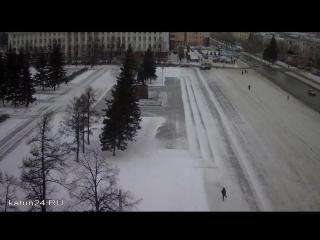 Веб-камеры К24: Сильная метель в Барнауле