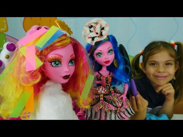 MonsterHigh' lerle KuaförOyunu ✂️👱♀️🖌️ Gooliope Jellington'un saçları boyuyoruz KızOyunları