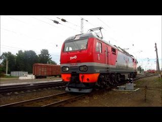 Смена локомотива с ЧС4Т-451 на ЭП2К-262 по ст. Балезино