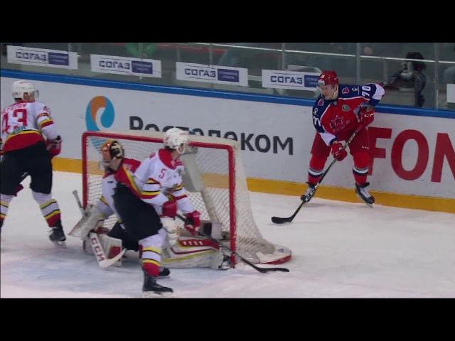 Shumakov scores Michigan move goal