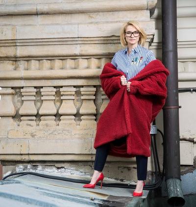 7d9a559ad43f Эвелина Хромченко – эксперт моды и арбитр вкуса   ВКонтакте