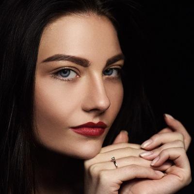 Яна Кебич