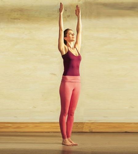 фото джерри йога образом