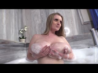 Maria body xmas wet big tits milf