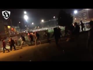 Hooligans fight _ benfica vs dynamo kyiv (01_11_2016)