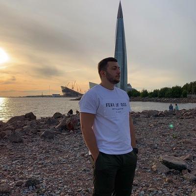 Заур Дауров