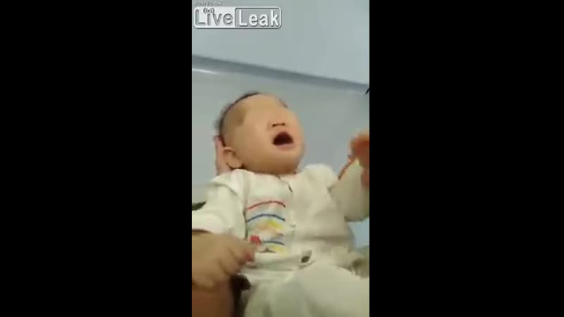 Bebé chino nace sin ojos ¿Real o Fake