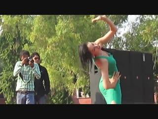Super hot dance in iit college function