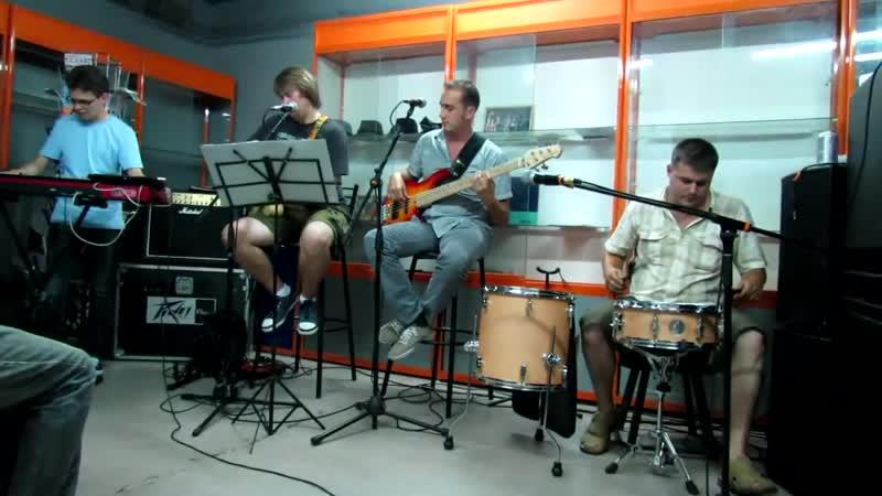 группа 15 суток - Dengue Woman (Музыкальный понедельник 13.08.2012)