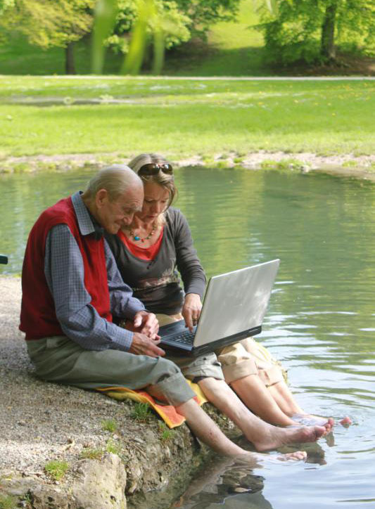 Есть много способов заставить пожилых людей чувствовать себя важными ежедневно.