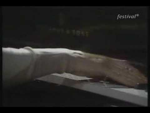 Michelangeli - Debussy - Ce qu'a vu le vent d'Ouest