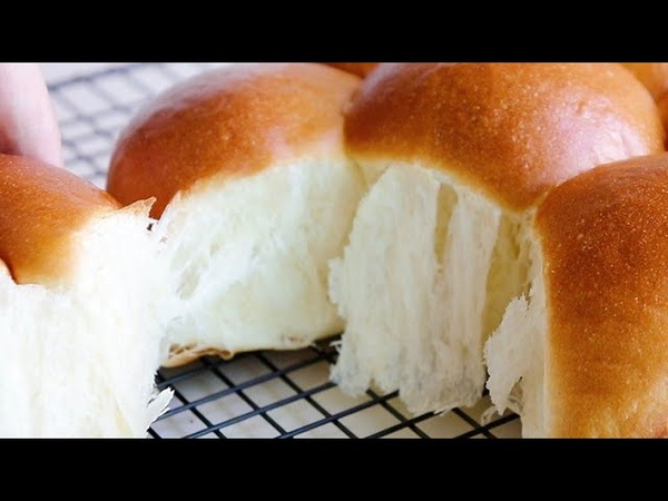 How to make delicious cream cheese dinner roll/Soft and Fluffy milk bread