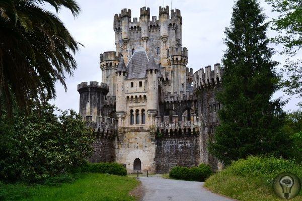 Гид по самым интересным местам Испании 1. Бильбао Это самый большой, туристический и космополитичный город в регионе, который продолжает постоянно развиваться. Бильбао современный облик Страны