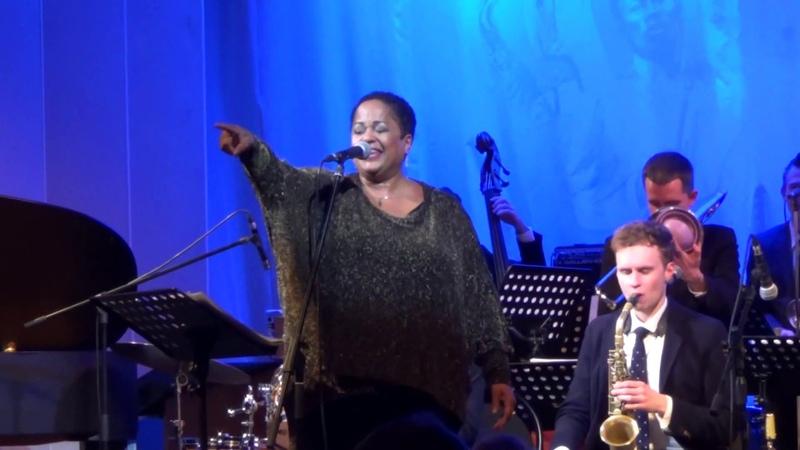 Mandy Gaines Jazz Philharmonic Orchestra п у Кирилла Бубякина Nat King Cole L O V E