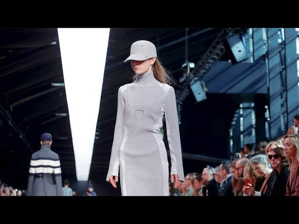 Sportmax | Fall Winter 2019/2020 Full Fashion Show | Exclusive