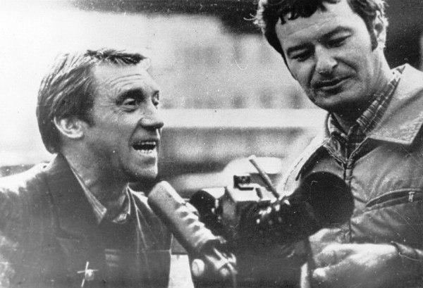 НА СЪЕМКАХ «МЕСТА ВСТРЕЧИ...» В мае 1978 года начались съемки одного из самых известных советских детективных сериалов...«Эра милосердия». Так назывался роман Аркадия и Георгия Вайнера. Братьям